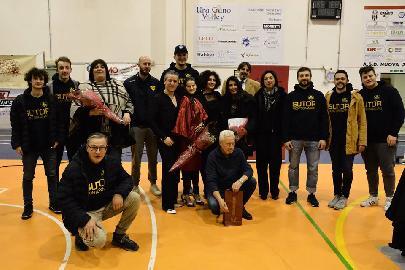 https://www.basketmarche.it/immagini_articoli/19-01-2018/lo-sport-è-salute-il-dono-è-vita-grande-successo-per-la-serata-organizzata-dalla-sutor-montegranaro-270.jpg