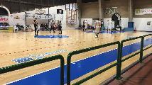 https://www.basketmarche.it/immagini_articoli/19-01-2019/regionale-girone-fochi-bene-macerata-88ers-pedaso-severino-primo-sorriso-victoria-120.jpg