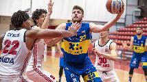 https://www.basketmarche.it/immagini_articoli/19-01-2020/poderosa-montegranaro-caccia-quinta-vittoria-consecutiva-urania-milano-120.jpg