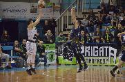 https://www.basketmarche.it/immagini_articoli/19-01-2020/sutor-montegranaro-faenza-arriva-brutta-sconfitta-senza-attenuanti-120.jpg