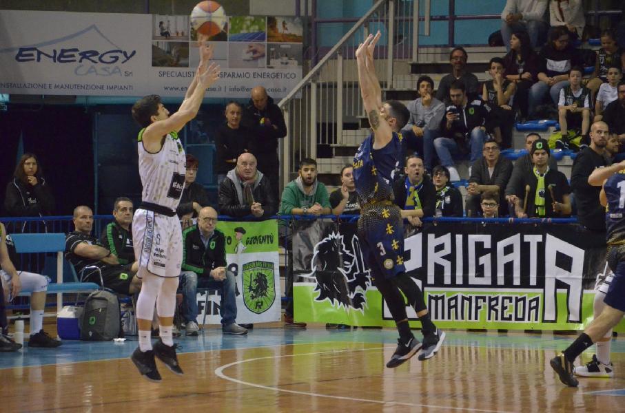 https://www.basketmarche.it/immagini_articoli/19-01-2020/sutor-montegranaro-faenza-arriva-brutta-sconfitta-senza-attenuanti-600.jpg