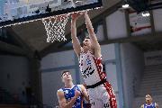 https://www.basketmarche.it/immagini_articoli/19-01-2021/recupero-olimpia-milano-espugna-volata-campo-basket-cremona-120.jpg