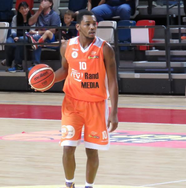 https://www.basketmarche.it/immagini_articoli/19-02-2019/ufficiale-mark-steven-lyons-giocatore-vuelle-pesaro-600.jpg