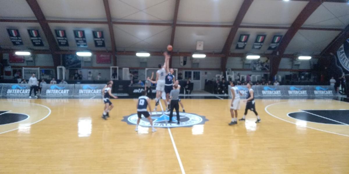https://www.basketmarche.it/immagini_articoli/19-03-2019/stella-azzurra-roma-supera-amatori-pescara-chiude-prima-fase-posto-600.jpg