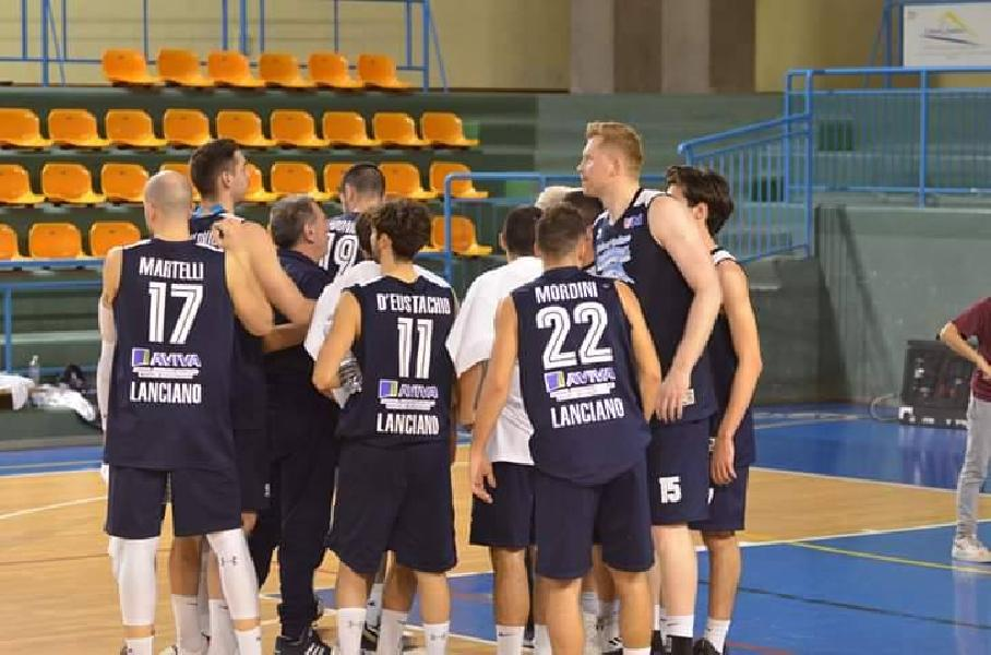 https://www.basketmarche.it/immagini_articoli/19-04-2019/playoff-unibasket-lanciano-prende-semifinale-bene-martelli-adonide-600.jpg