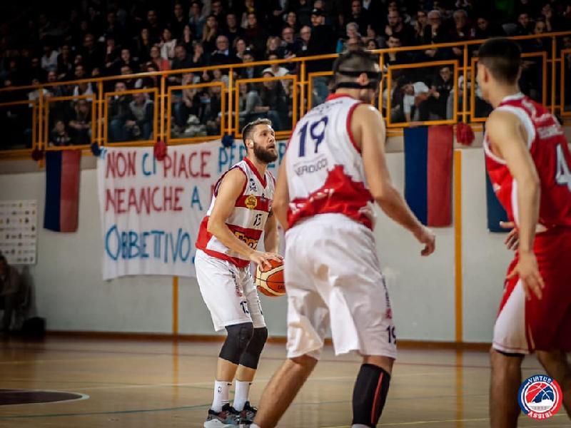 https://www.basketmarche.it/immagini_articoli/19-05-2019/virtus-assisi-match-winner-meccoli-partita-dura-tosta-bravi-farli-scappare-600.jpg