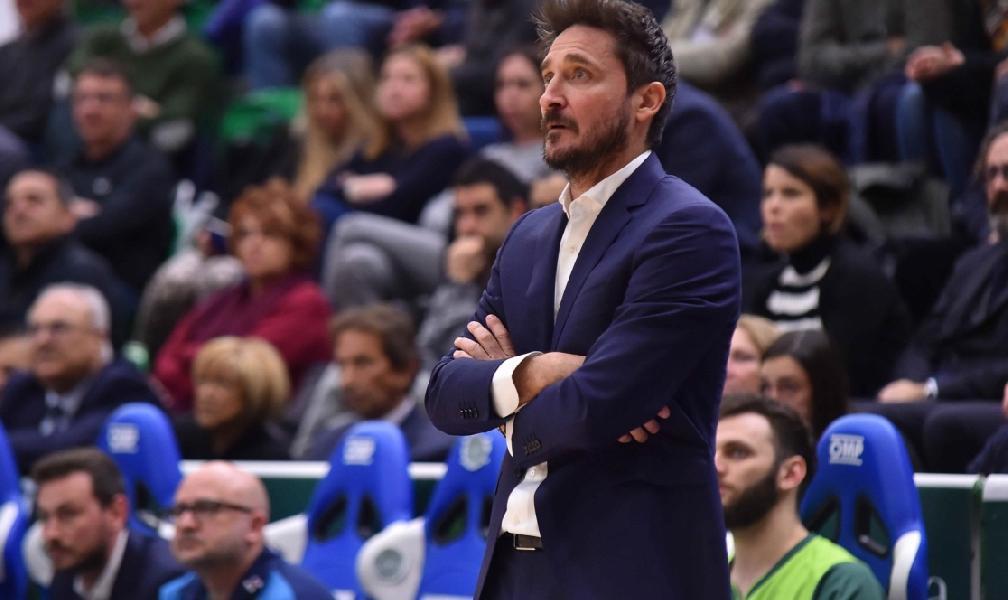 https://www.basketmarche.it/immagini_articoli/19-06-2019/dinamo-sassari-coach-pozzecco-piango-dentro-giocare-pallacanestro-600.jpg