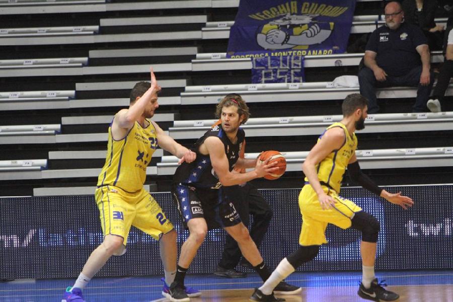 https://www.basketmarche.it/immagini_articoli/19-06-2019/ufficiale-valerio-cucci-primo-acquisto-poderosa-montegranaro-600.jpg