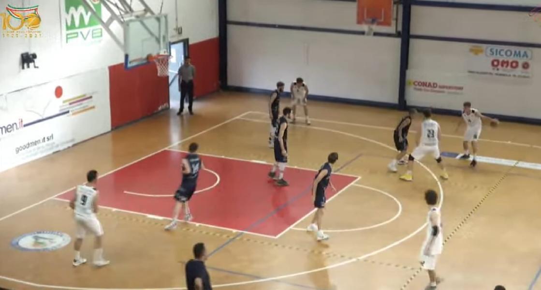 https://www.basketmarche.it/immagini_articoli/19-06-2021/lucky-wind-foligno-vince-nettamente-derby-campo-valdiceppo-conferma-capolista-600.jpg