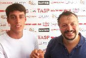 https://www.basketmarche.it/immagini_articoli/19-08-2019/colpo-mercato-teramo-spicchi-pineto-arriva-play-simone-scarnecchia-120.jpg