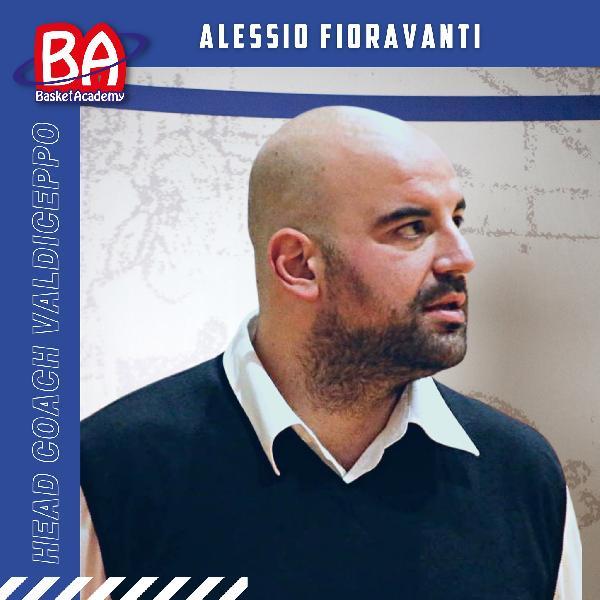 https://www.basketmarche.it/immagini_articoli/19-08-2021/ufficiale-alessio-fioravanti-allenatore-valdiceppo-basket-600.jpg