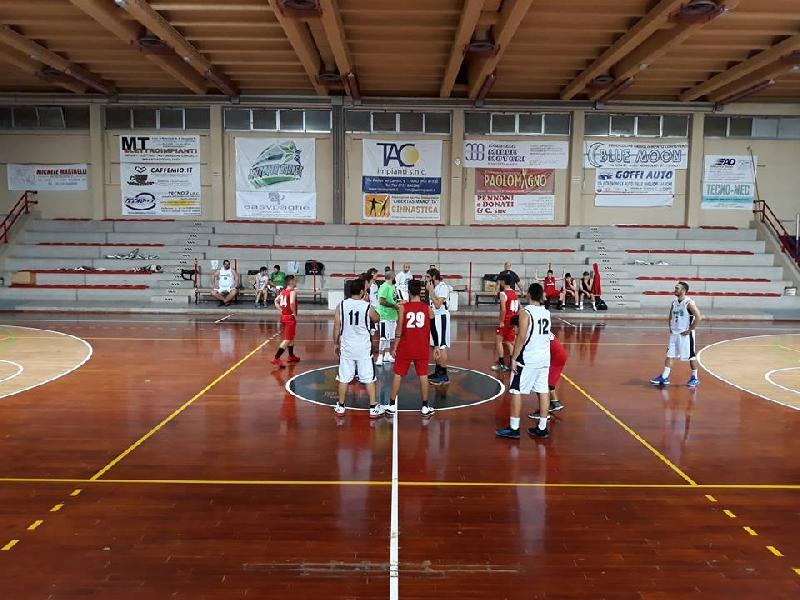 https://www.basketmarche.it/immagini_articoli/19-10-2018/positivo-test-amichevole-marotta-basket-pallacanestro-senigallia-600.jpg