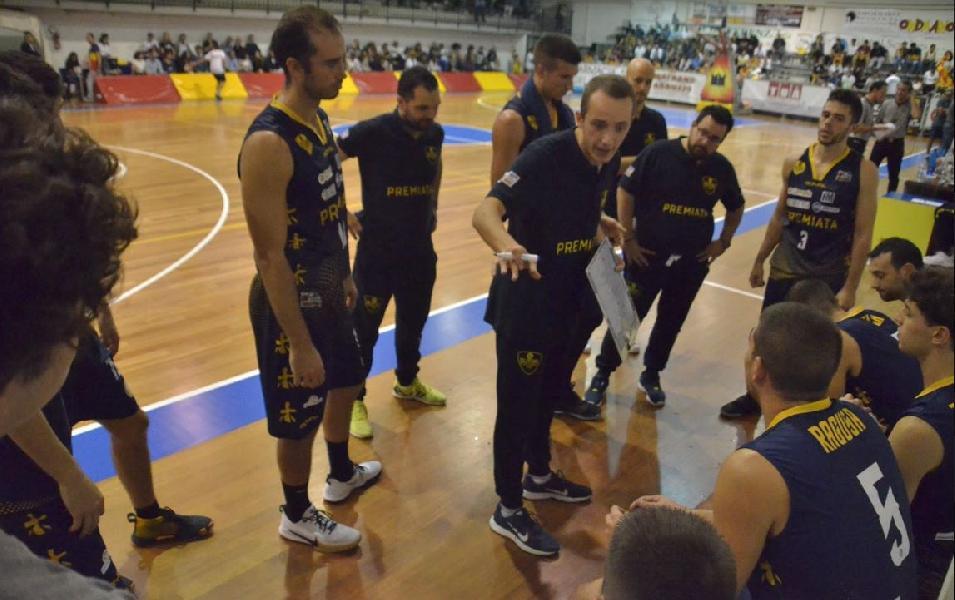 https://www.basketmarche.it/immagini_articoli/19-10-2019/sutor-montegranaro-coach-ciarpella-senigallia-squadra-ostica-verr-bombonera-riscattarsi-600.jpg