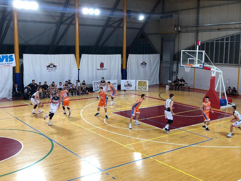 https://www.basketmarche.it/immagini_articoli/19-10-2019/virtus-assisi-vince-convince-pisaurum-pesaro-600.jpg