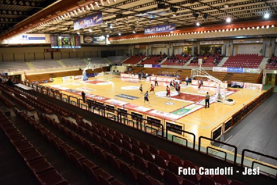 https://www.basketmarche.it/immagini_articoli/19-10-2020/aurora-jesi-biglietti-vendita-derby-campetto-ancona-600.jpg