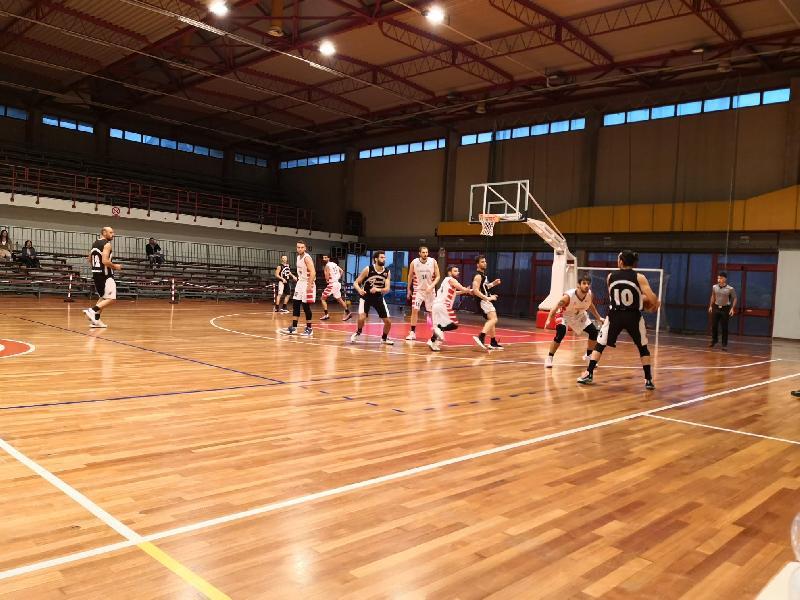 https://www.basketmarche.it/immagini_articoli/19-10-2021/ascoli-basket-coach-caponi-vincere-tolentino-facile-abbiamo-fatto-partita-volevamo-fare-600.jpg
