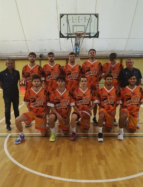 https://www.basketmarche.it/immagini_articoli/19-10-2021/pisaurum-pesaro-coach-surico-altra-prestazione-molto-buona-squadra-attacco-difesa-600.jpg