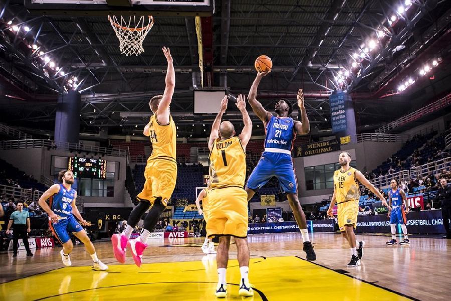 https://www.basketmarche.it/immagini_articoli/19-10-2021/treviso-basket-espugna-campo-atene-trascinata-superlativo-sims-600.jpg