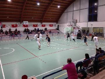 https://www.basketmarche.it/immagini_articoli/19-11-2017/d-regionale-il-basket-giovane-pesaro-torna-a-mani-vuote-da-acqualagna-270.jpg