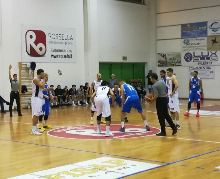 https://www.basketmarche.it/immagini_articoli/19-11-2018/derby-virtus-civitanova-porto-sant-elpidio-basket-deve-arrendersi-600.jpg