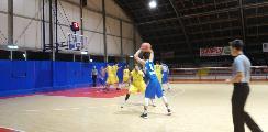 https://www.basketmarche.it/immagini_articoli/19-11-2018/ferma-campo-loreto-pesaro-striscia-positiva-montemarciano-120.jpg