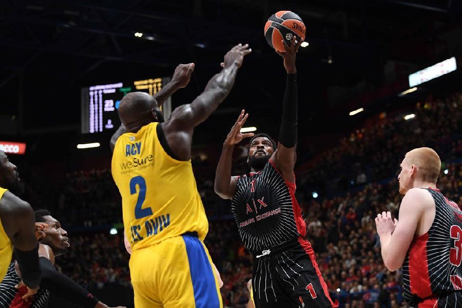 https://www.basketmarche.it/immagini_articoli/19-11-2019/euroleague-olimpia-milano-supera-maccabi-aviv-notte-dedicata-dino-meneghin-600.jpg