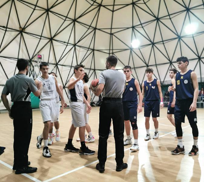 https://www.basketmarche.it/immagini_articoli/19-11-2019/under-basket-club-fratta-umbertide-passa-campo-ancona-progetto-2004-600.jpg