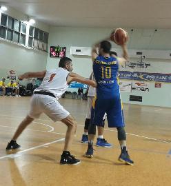 https://www.basketmarche.it/immagini_articoli/20-01-2018/promozione-b-i-pcn-pesaro-vincono-il-big-match-contro-la-dinamis-falconara-dopo-due-supplementari-270.jpg