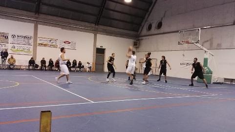 https://www.basketmarche.it/immagini_articoli/20-01-2018/promozione-d-la-tela-campofilone-supera-la-pallacanestro-porto-sant-elpidio-270.jpg