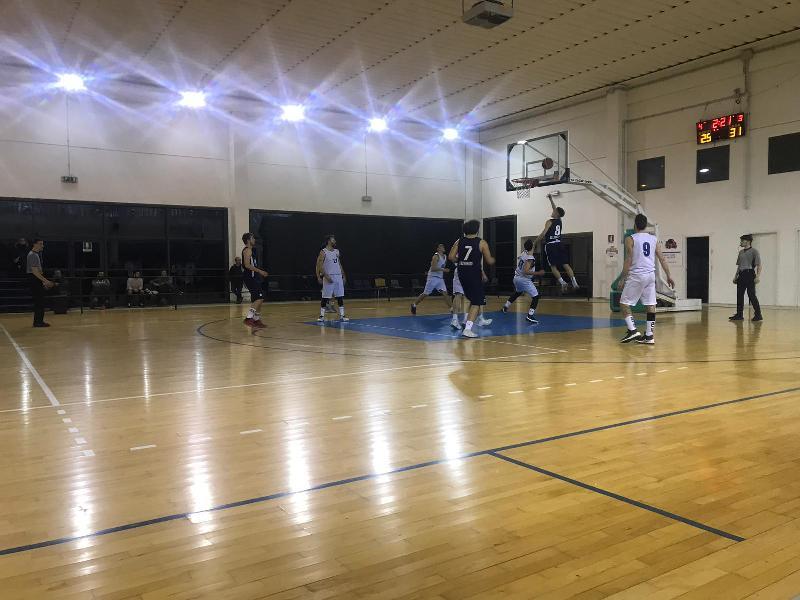 https://www.basketmarche.it/immagini_articoli/20-01-2019/brutta-battuta-arresto-basket-gubbio-campo-basket-passignano-600.jpg