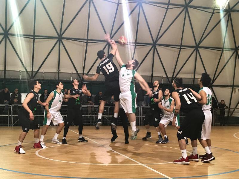 https://www.basketmarche.it/immagini_articoli/20-01-2019/regionale-live-girone-risultati-domenica-tempo-reale-600.jpg