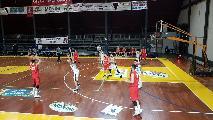 https://www.basketmarche.it/immagini_articoli/20-01-2019/triple-daniele-luzzi-trascinano-atomika-spoleto-vittoria-favl-viterbo-120.jpg