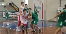 https://www.basketmarche.it/immagini_articoli/20-02-2018/under-16-eccellenza-il-cab-stamura-ancona-espugna-orvieto-120.jpg
