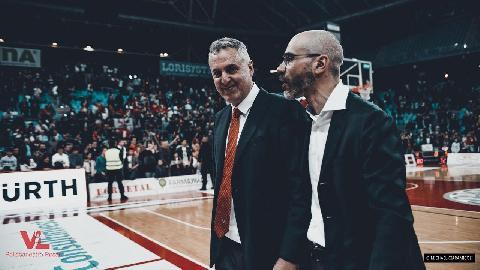 https://www.basketmarche.it/immagini_articoli/20-04-2018/serie-a-coach-galli--squadra-e-pubblico-devono-essere-una-cosa-sola-abbiamo-un-grande-obiettivo-comune--270.jpg