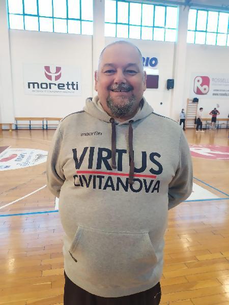 https://www.basketmarche.it/immagini_articoli/20-04-2021/ufficiale-stefano-foglietti-allenatore-virtus-civitanova-600.jpg