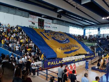 https://www.basketmarche.it/immagini_articoli/20-05-2018/serie-a2-playoff-video-montegranaro-trieste-tutte-le-parole-dei-due-allenatori-dalla-sala-stampa-270.jpg
