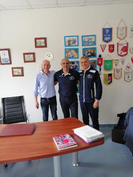 https://www.basketmarche.it/immagini_articoli/20-05-2019/basket-aquilano-marcelo-zubiran-allenatore-600.jpg