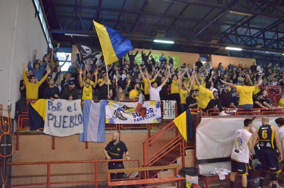 https://www.basketmarche.it/immagini_articoli/20-05-2019/serie-gold-playoff-sutor-montegranaro-spreca-valdiceppo-prende-600.jpg