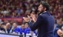 https://www.basketmarche.it/immagini_articoli/20-06-2019/dinamo-sassari-coach-pozzecco-sfogo-premeditato-politicamente-corretto-120.jpg