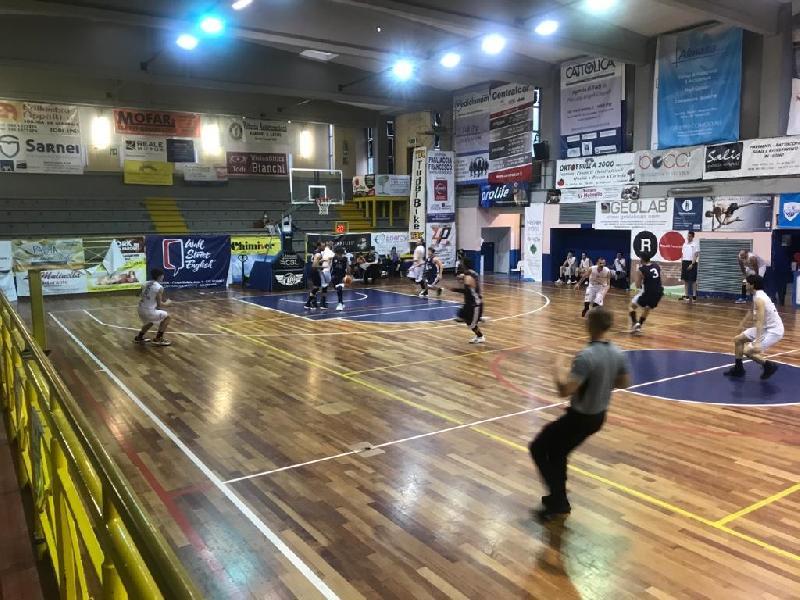 https://www.basketmarche.it/immagini_articoli/20-06-2021/convincente-vittoria-virtus-assisi-derby-todi-600.jpg