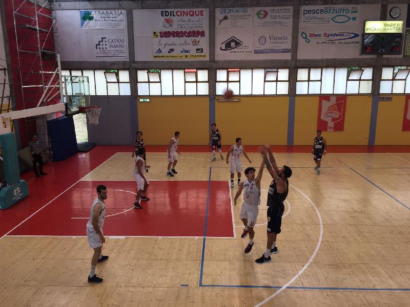 https://www.basketmarche.it/immagini_articoli/20-06-2021/pallacanestro-urbania-chiude-stagione-battendo-pallacanestro-recanati-600.jpg