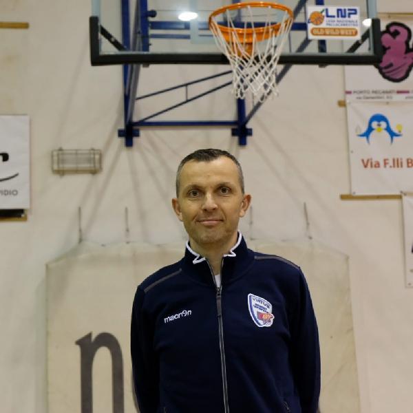 https://www.basketmarche.it/immagini_articoli/20-07-2020/virtus-civitanova-carlo-cervellini-vice-allenatore-anche-prossima-stagione-600.jpg