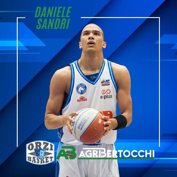 https://www.basketmarche.it/immagini_articoli/20-07-2021/pallacanestro-orzinuovi-mette-segno-colpo-ufficiale-arrivo-daniele-sandri-600.jpg