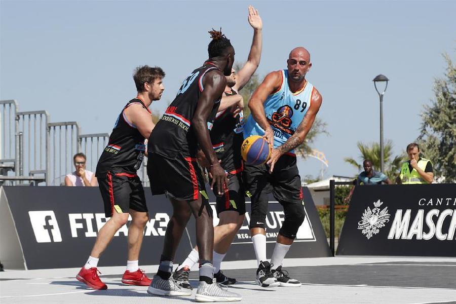 https://www.basketmarche.it/immagini_articoli/20-08-2019/rimini-challenger-tanto-entusiasmo-prima-giornata-gare-risultati-600.jpg