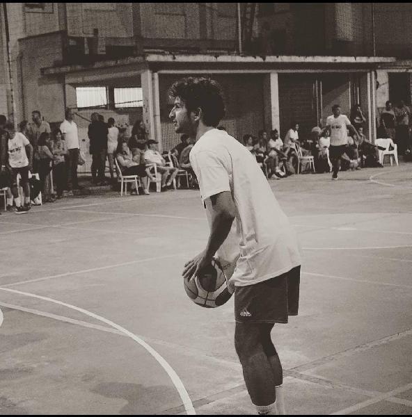 https://www.basketmarche.it/immagini_articoli/20-08-2021/primo-colpo-mercato-basket-giovane-pesaro-ufficiale-ritorno-marco-donini-600.jpg