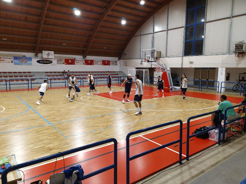 https://www.basketmarche.it/immagini_articoli/20-09-2019/pallacanestro-acqualagna-supera-rimonta-fermignano-600.jpg