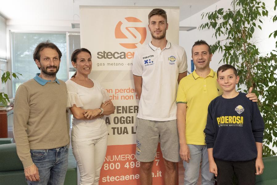 https://www.basketmarche.it/immagini_articoli/20-09-2019/poderosa-montegranaro-luca-conti-devo-lavorare-aspetti-gioco-600.jpg