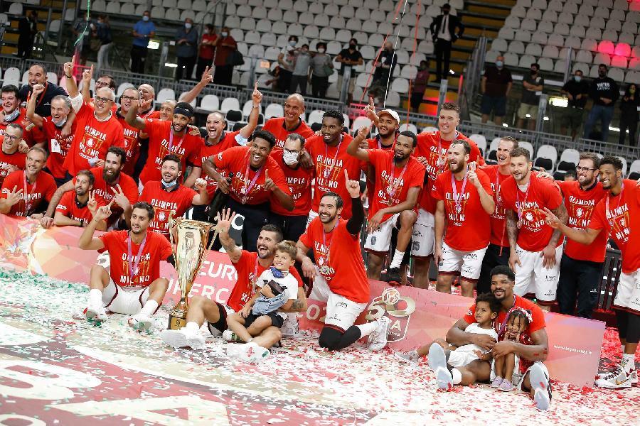 https://www.basketmarche.it/immagini_articoli/20-09-2020/milano-coach-messina-vittoria-molto-bella-rende-felici-propriet-600.jpg