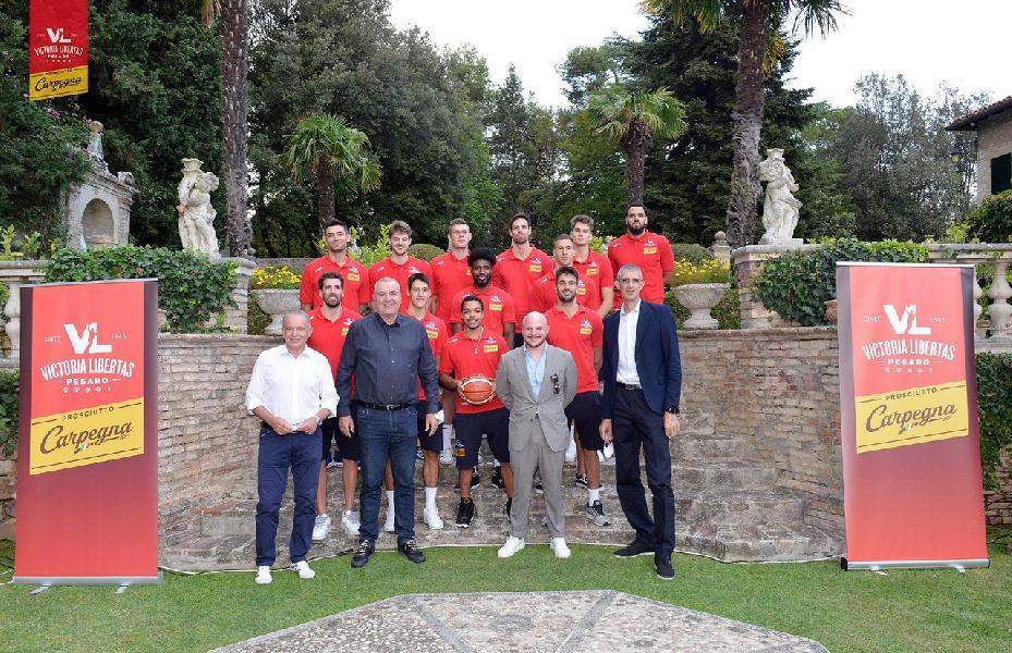 https://www.basketmarche.it/immagini_articoli/20-09-2020/pesaro-ario-costa-questanno-abbiamo-grande-valore-aggiunto-coach-repesa-faro-600.jpg