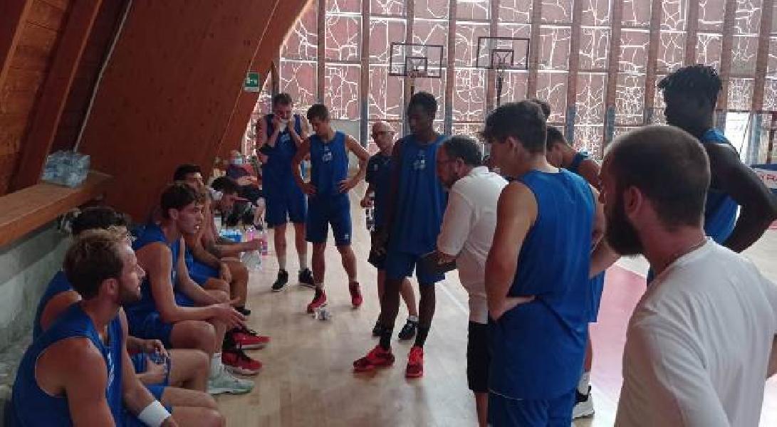 https://www.basketmarche.it/immagini_articoli/20-09-2020/pescara-basket-indicazioni-positive-amichevole-teramo-spicchi-soddisfatto-coach-vanoncini-600.jpg